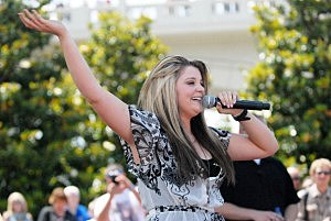 Lauren Alaina During American Idol
