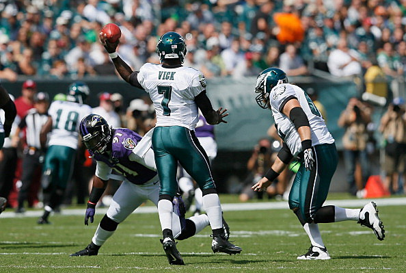 Michael Vick #7 of the Philadelphia Eagles throws a pass against the Baltimore Ravens