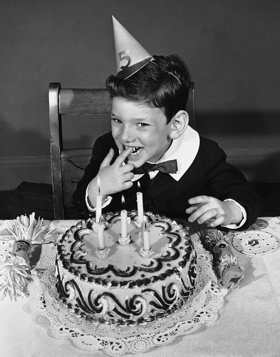 How To Get A Birthday Announced On Cat Country 1073