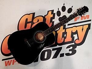 Jamey Johnson Autographed Guitar