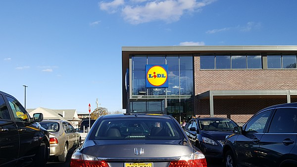 inside the new lidl store in vineland. Black Bedroom Furniture Sets. Home Design Ideas